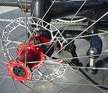 CARBONTRIKES Race Aero front wheel