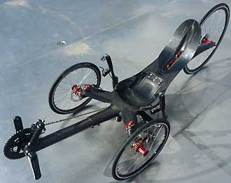CARBONTRIKES Race